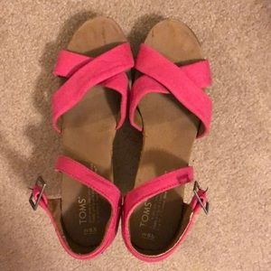 Toms Heeled Pink Wedges